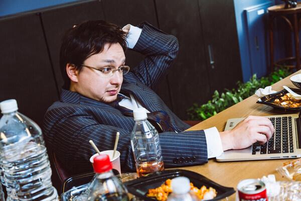 副業として始めたが 本業が忙しくなって作業が出来ない!稼げなかったから返金してほしい!!
